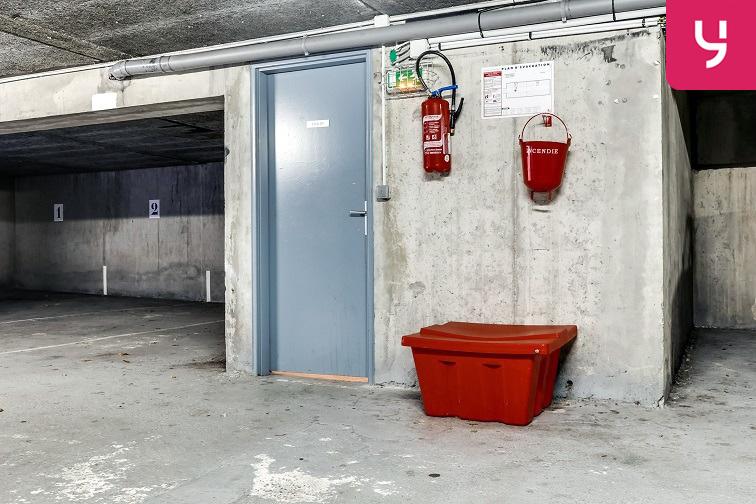 Parking Rue des Chalâtres - Nantes 44000