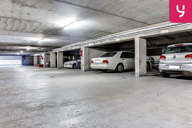 Parking Rue des Chalâtres - Nantes location mensuelle