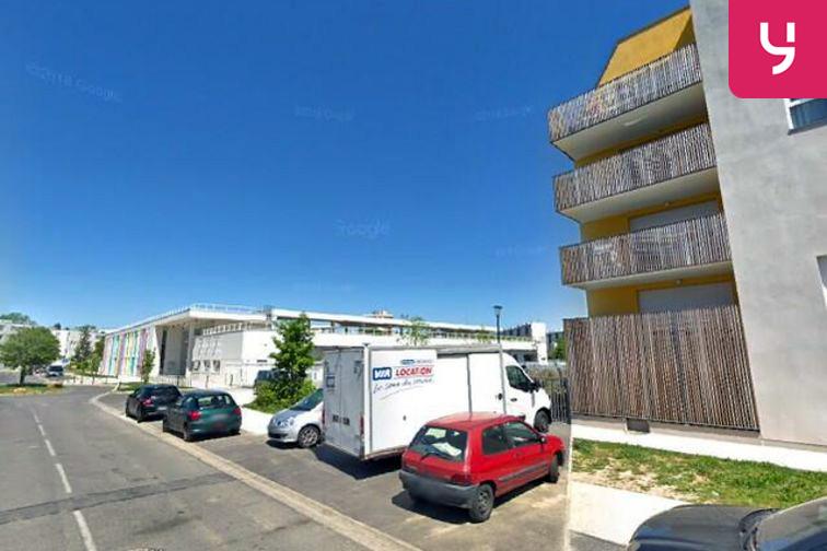 Parking College Pierre Brossolette - Paul Verlaine - Villeneuve-Saint-Georges - (box) 5 bis avenue Paul Verlaine