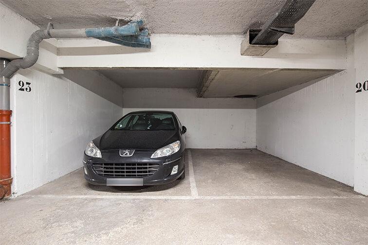 Parking Division Leclerc - Le Bourget caméra