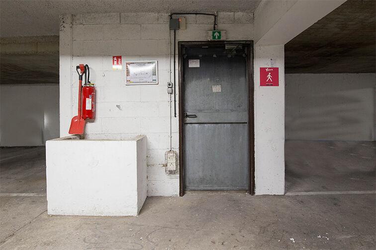 Parking Division Leclerc - Le Bourget box