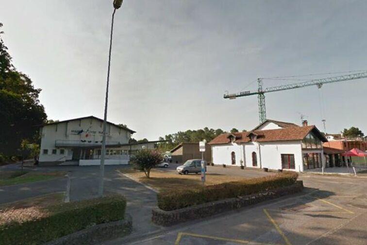 Parking Mairie de Bénesse-Maremne pas cher