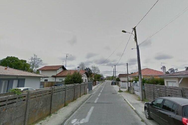 Parking Eglise Saint-Maurice - Gujan-Mestras box