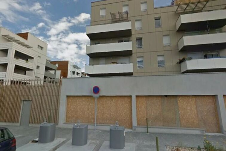 Parking Avenue de Paris - Hippolyte Gourdon - Lormont location