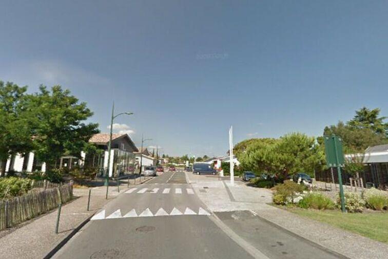 location parking La Croix Blanche - Saint-Aubin-de-Médoc