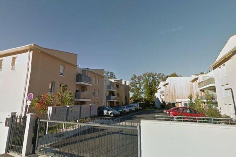 Parking Place de Corbiac - Saint-Médard-en-Jalles 33160