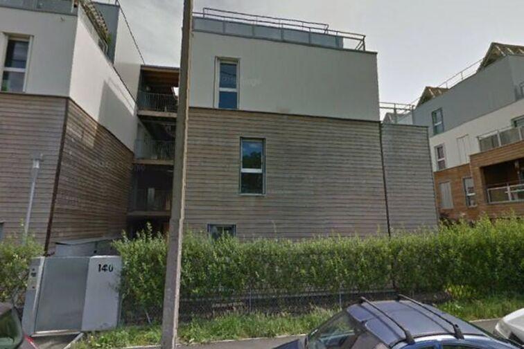 Parking Commissariat de Police de Talence 24/24 7/7