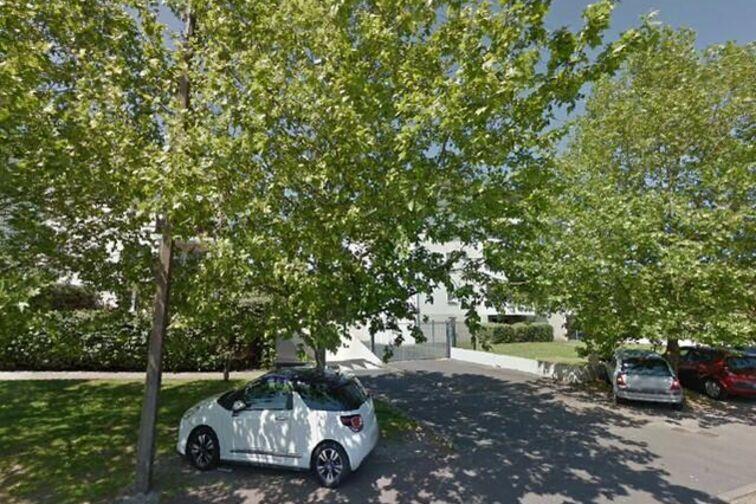 Parking Montesquieu - Lièges - Bordeaux 33200