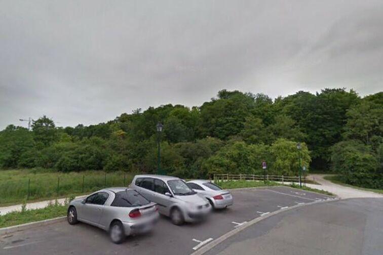 Parking Lycée International de Saint Germain-en-Laye - Ru Buzot - Fourqueux - Places souterraines sécurisé