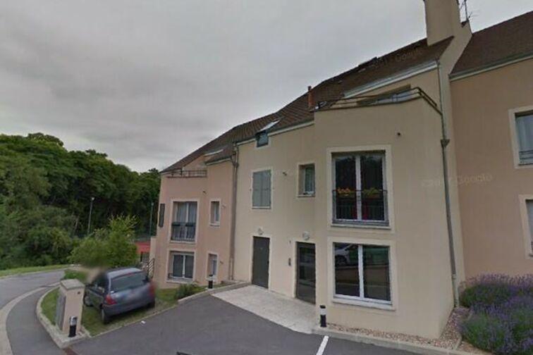 Parking Lycée International de Saint Germain-en-Laye - Ru Buzot - Fourqueux - Places souterraines avis