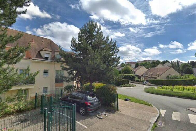 Parking Mairie - Jacques Sébastien Clérambourg - Fourqueux - Places souterraines à louer
