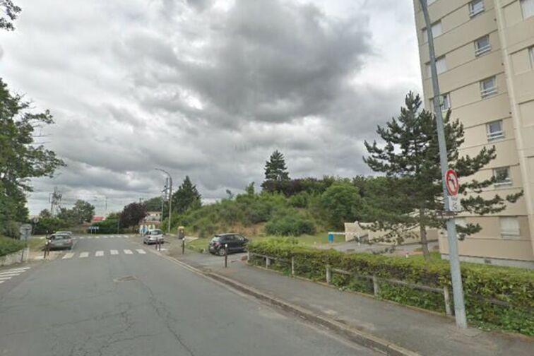 Parking Stade Léo Lagrange - Saint Sebastien - Poissy - Places souterraines sécurisé