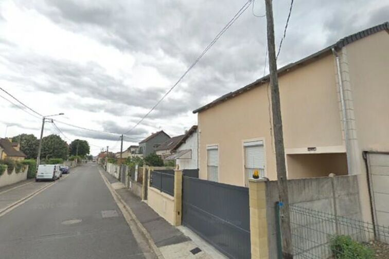 Parking Collège Flora Tristan - Chapelle - Carrières-sous-Poissy - Places souterraines avis