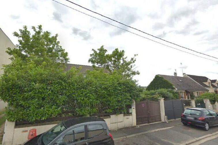 location parking Collège Flora Tristan - Chapelle - Carrières-sous-Poissy - Places souterraines