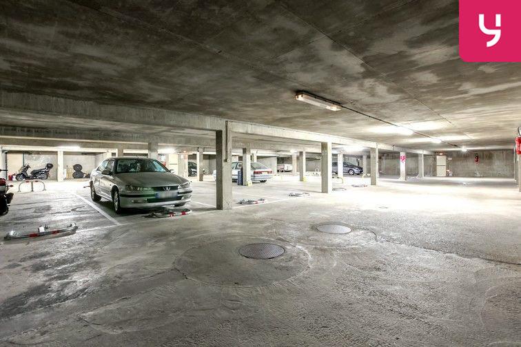 Parking Nouveau Cimetière de Cusset - Allée Gerda Taro - Villeurbanne sécurisé