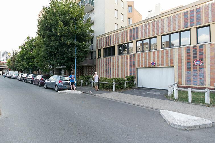 Parking Métro Bobigny - Pablo Picasso - Rue Pablo Picasso - Bobigny box