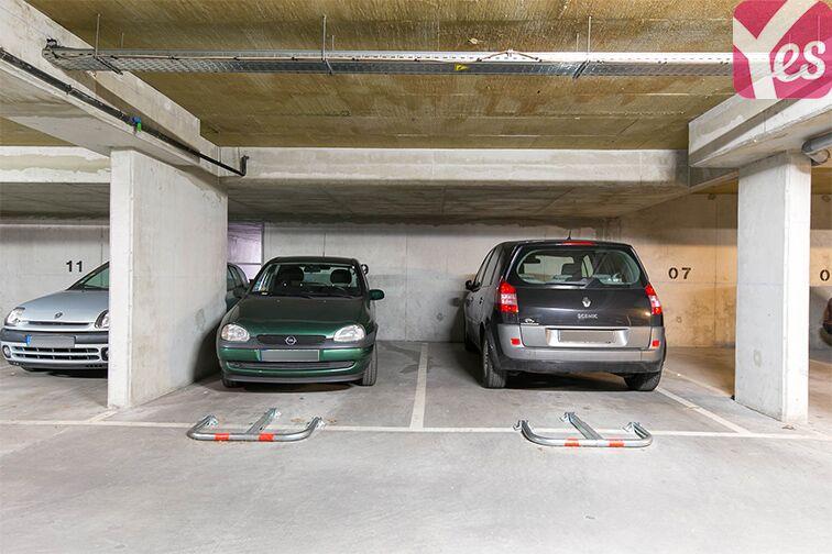 Parking Avenue Lénine - Les Goulvents - Nanterre 24/24 7/7