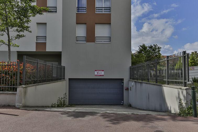 Parking Rue de Strasbourg - Les Canibouts - Nanterre location mensuelle