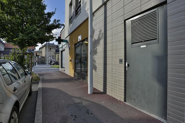 Parking Rue de Strasbourg - Les Canibouts - Nanterre caméra