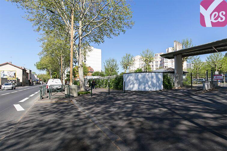 Parking Avenue Henri Ravera - Bagneux (aérien) 24/24 7/7