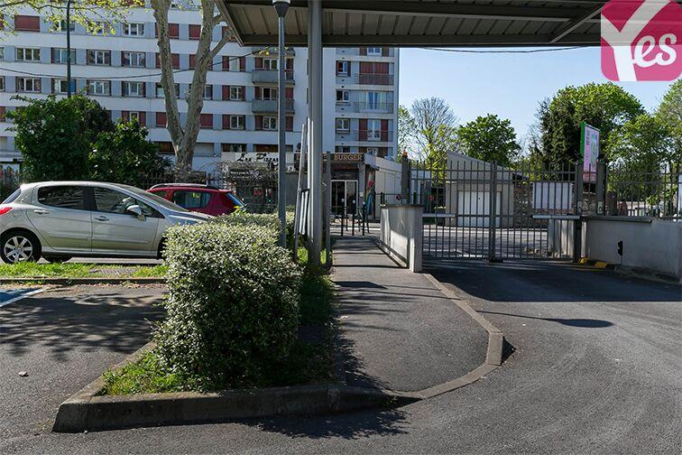 Parking Avenue Henri Ravera - Bagneux (aérien) en location