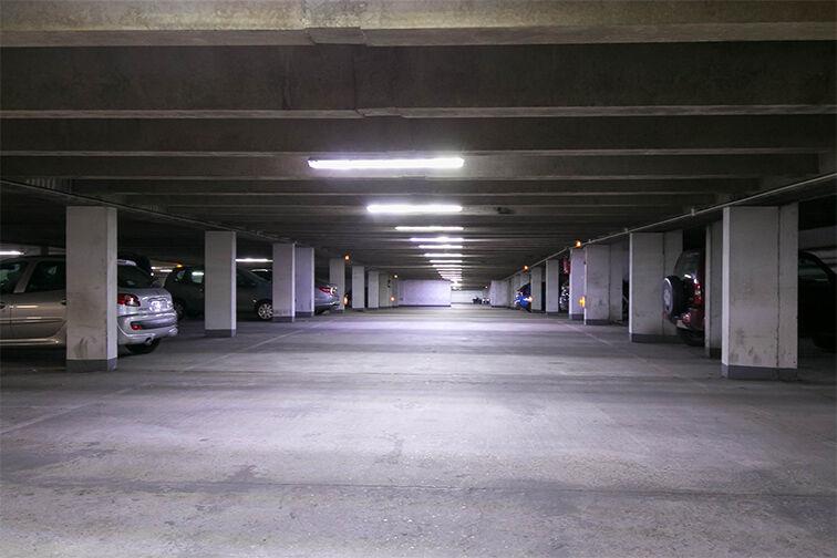 Parking Allée Limousine - Les Ulis - Gauche pas cher