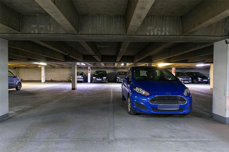 Parking Allée Limousine - Les Ulis - Gauche à louer