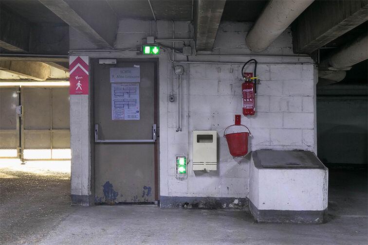 Parking Allée Limousine - Les Ulis - Gauche Les Ulis