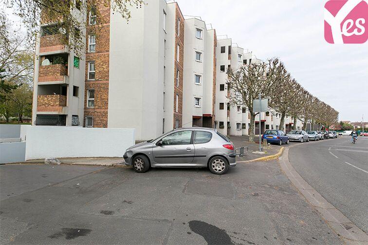 Parking Salvador Allende - Pasteur - Villepinte location