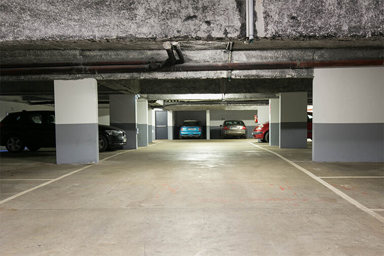 Parking Anatole France - Trappes location