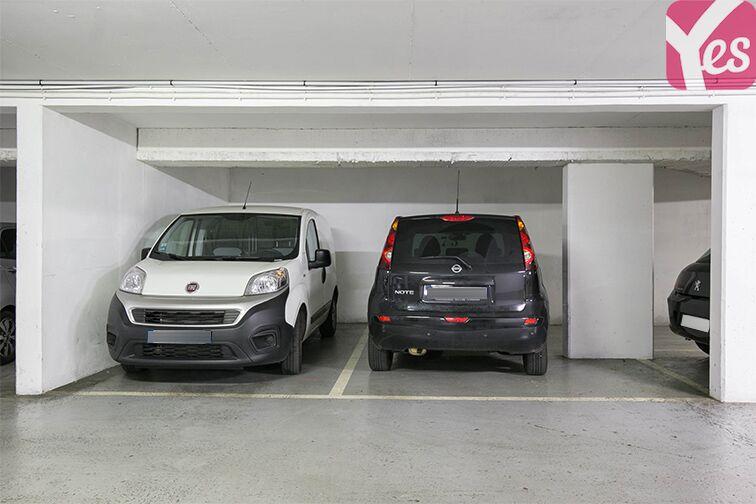 Parking Rue Jean Bleuzen - Métro Malakoff - Vanves Vanves