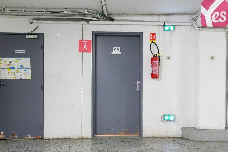 Parking Rue Jean Bleuzen - Métro Malakoff - Vanves sécurisé