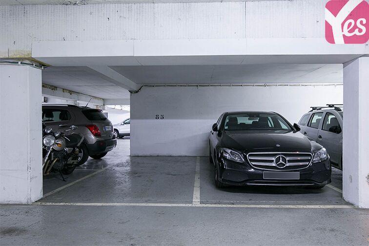 Parking Rue Jean Bleuzen - Métro Malakoff - Vanves box