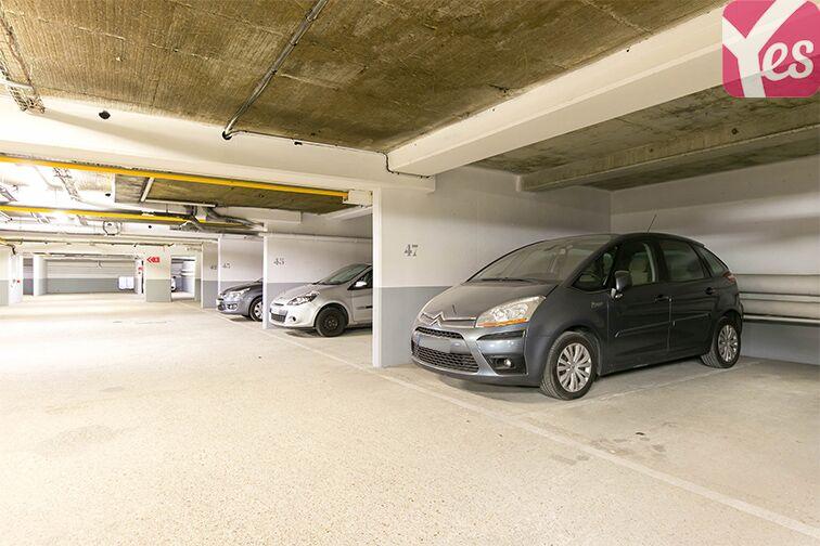 Parking Galerie Corbusier - Trappes souterrain