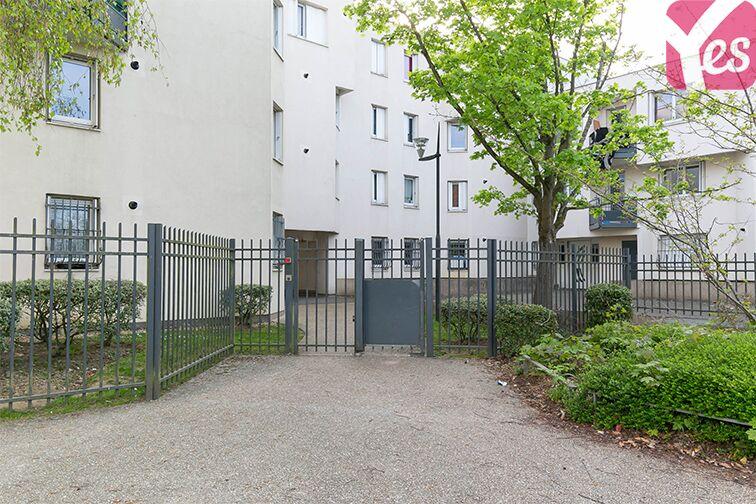 Parking Galerie Corbusier - Trappes rue Pierre de Ronsard