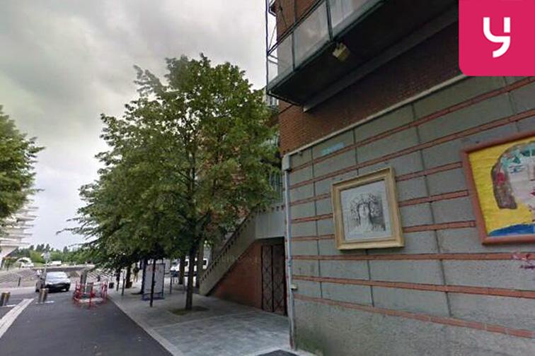 Parking Place Darius Milhaud - Montigny-le-Bretonneux location mensuelle