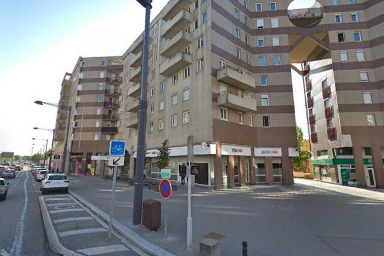 Parking Place Georges Pompidou - Montigny-le-Bretonneux sécurisé