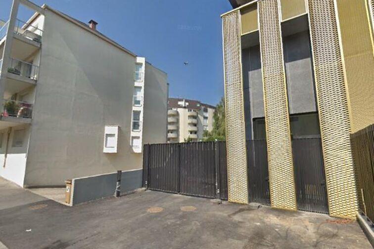 Parking Mairie - Allée du Cèdre - Châtillon box
