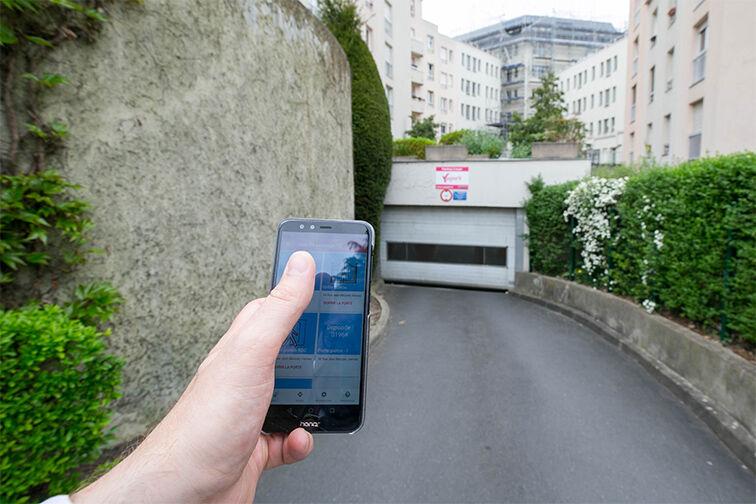 location parking Avenue Fontainebleau - Métro Le Kremlin-Bicêtre