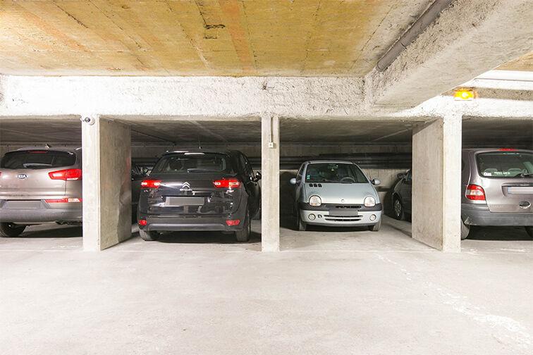 Parking Avenue Fontainebleau - Métro Le Kremlin-Bicêtre caméra