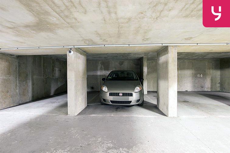 Parking Avenue de Fontainebleau - Le Kremlin-Bicêtre 24/24 7/7