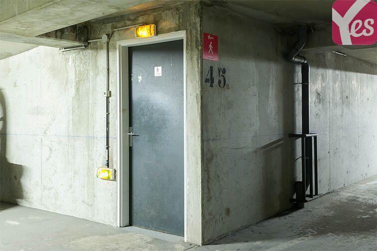 Parking Rue Lauriston - Métro Victor Hugo - Paris souterrain