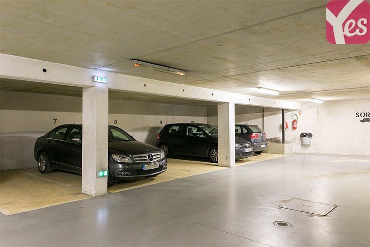 Parking Métro Mairie d'Issy - Issy-les-Moulineaux garage