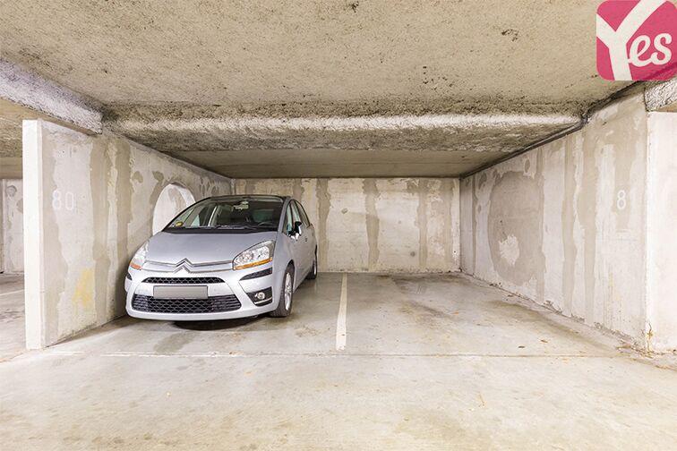 Parking Boulevard d'Alembert - Guyancourt garage