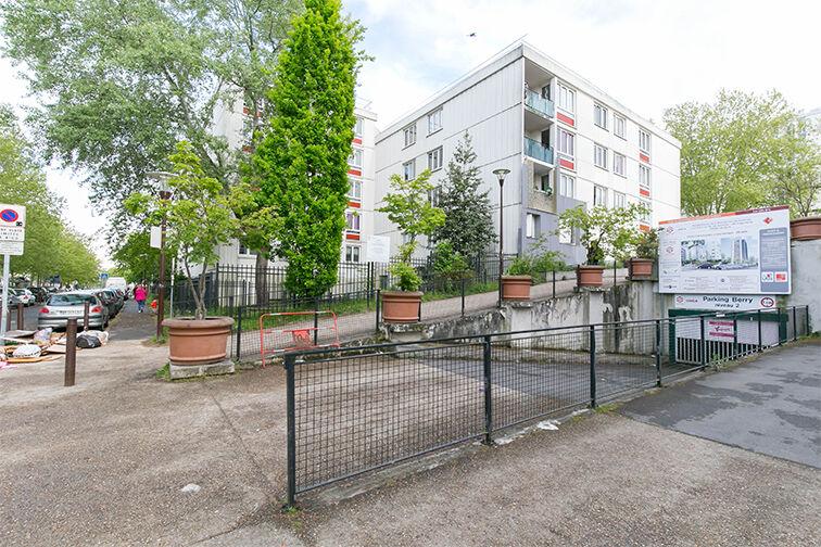 location parking Mairie - Résidence les Avelines - Les Ulis
