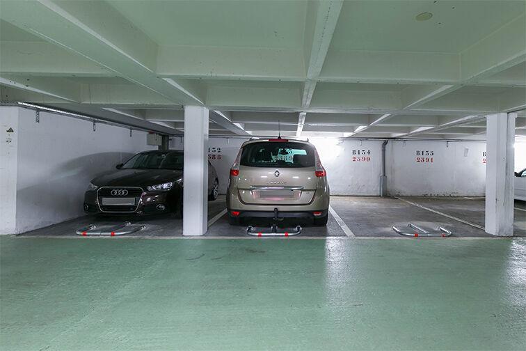 Parking Mairie - Résidence les Avelines - Les Ulis pas cher