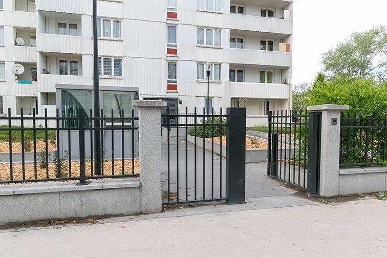 Parking Mairie - Résidence les Avelines - Les Ulis sécurisé