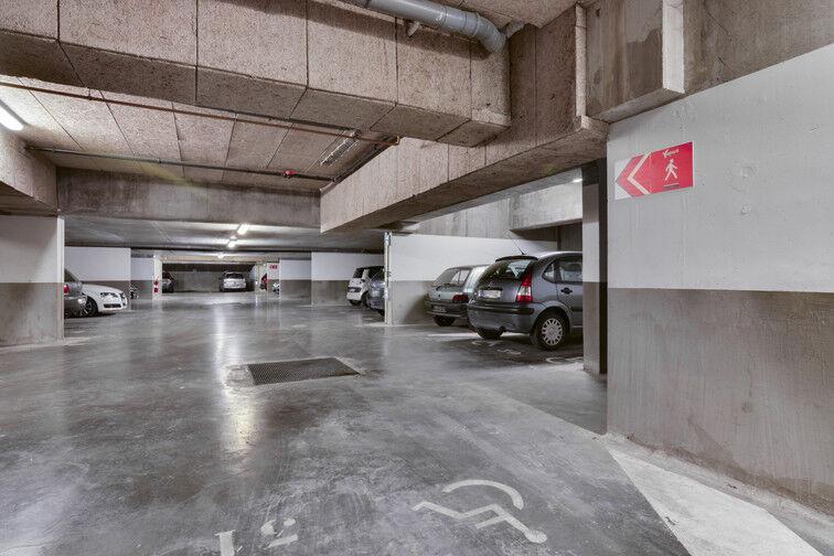 Parking Métro Fives - Rue De Lannoy - Lille box