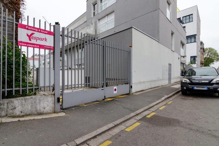 Parking Métro Fives - Rue De Lannoy - Lille en location