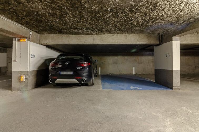 Parking Rue des Métiers - Lille Fives garage